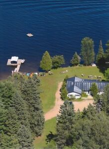 HALIBURTON COTTAGE for FALL ATVing or FISHING WEEKEND