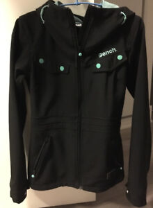 Women's Bench rain jacket xs