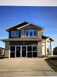 Executive 5 bedroom, 3 bathroom former 2013 Show Home for Rent