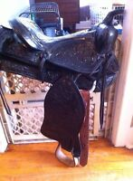 Leather western saddle for sale