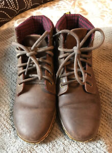 2 pairs of ladies dr martens maelly padded collar boots