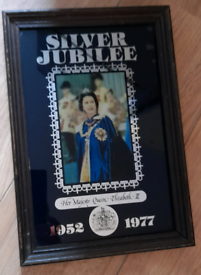 Silver jubilee picture mirror