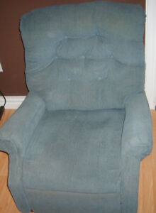 CORDUROY SMALLER RECLINER