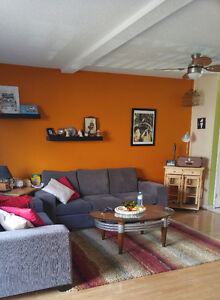 Need a ROOMMATE to share my Niagara Falls townhouse!