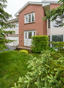 Open Concept renovated home close to Shubie Park - Open House