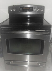 SS Glass Stove in Very Good Condition