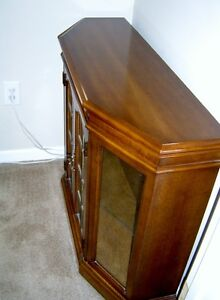ANTIQUE HALL CABINET WITH MATCHING MIRROR London Ontario image 4