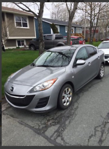 2010 Mazda 3, automatic one owner