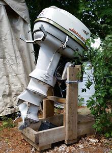 40 hp 2 stroke Johnson outboard motor
