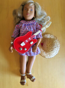 Vintage Sasha Doll 184A Harlequin with Guitar - Limited Edition