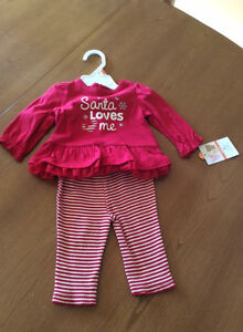 BRAND NEW! 2 Piece Outfit SANTA LOVES ME Size 0-3M