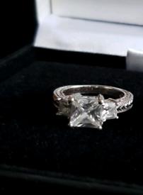 vintage silver princess cut ring M