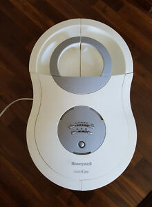 HONEYWELL 9 GAL. HUMIDIFIER