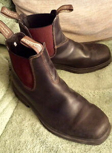 Blundstone unisex boots -- like new!