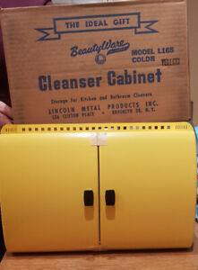 Vintage Lincoln Beautywear METAL  Cleanser Cabinet *New in Box*