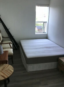 Room to rent in 2-bedroom apartment in Pape Village
