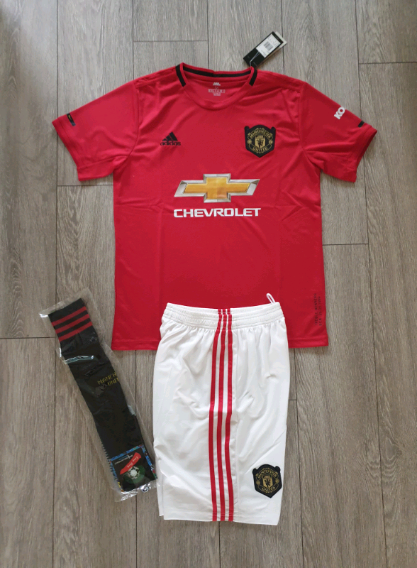 detailed look 499b9 5d7c8 2019/20 Manchester United adidas adult shirt shorts kit S,M | in  Birkenhead, Merseyside | Gumtree