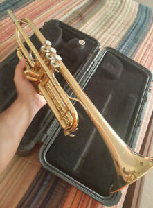 Brass Trumpet Model - Bach TR300H (Used)