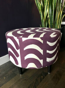 """23"""" Round Ottoman with wood legs, modern purple/while pattern"""