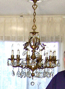 Beautiful Traditional Crystal Chandelier