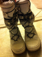Size 6 white, high (below knee) winter boots
