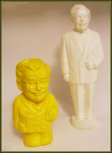( 2 ) 1970's - Plastic KENTUCKY FRIED CHICKEN COIN BANKS