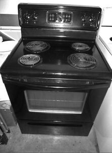 Frigidaire Black Coil Stove in Good Condition