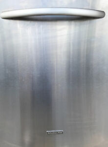 Used 2 yr old Kitchen Aid Stainless Steel Dishwasher