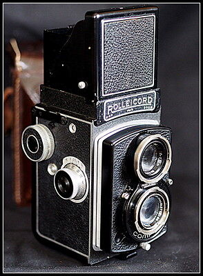 Rolleicord TLR Film Camera + Case. Zeiss Triotar Lens. 949472. Possibly Pre-War.