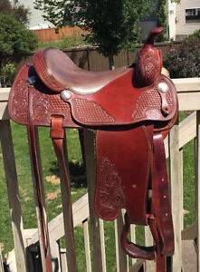 "15.5"" Western Saddle - Vic Bennett Balanced Ride Saddle"