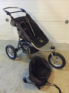 Valco trimode runabout stroller with toddler seat attachment