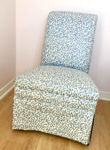 Very Cute Parlour Chair and Table