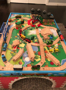 Gently used Thomas the Train table, tracks and trains!!!