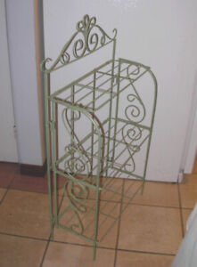 Barely used Metal folding Shelf with 3 shelves, great condition