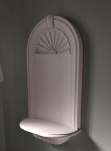 Wall Nich - White, Painted Plaster, Seashell Paterns, 14(w) x 27