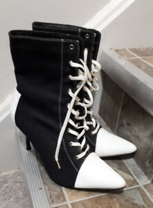 Sporty High-Heeled Boots, Size 10