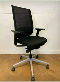 Steelcase Reply Air Mesh Ergonomic Office chair