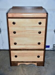 Solid wood 4 Drawer Dresser Chest of Drawers