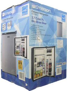 EMERSON 2.7 CU FT BAR FRIDGE - Unique Write-on Dry Erase Door !! London Ontario image 3