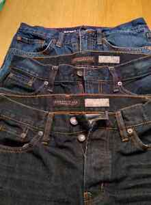 Mens/teen jeans size 29x30 London Ontario image 1