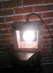 Lampe ambiance type industriel