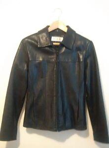 Beautiful Black Leather Jacket - Women's Small (Like New)
