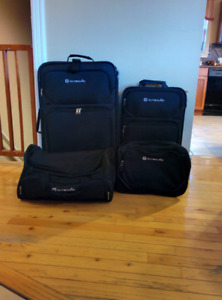 4 piece Luggage Set $50