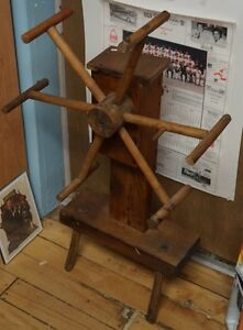 OLD WOOD WOOL WINDER IN GREAT CONDITION