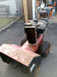 GRAN PRIX 826 Snowblower