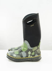 Women's Bogs Boots Size 8 Used