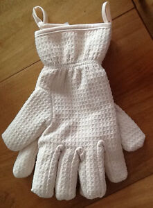New DISH-DRYING GLOVES, leaves dishes lint free, new, never used