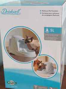 Fontaine d'eau,  water fountain for pets