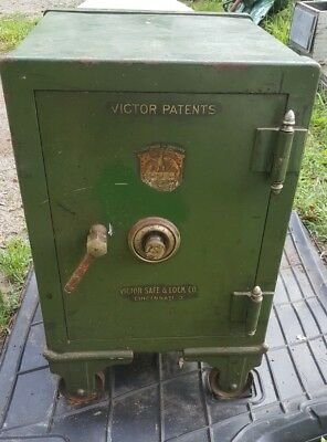 Antique 1920's Victor Safe