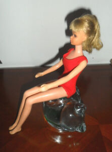 1965 BARBIE with bendable knees